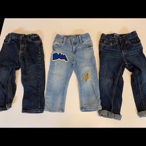 Lot of 3 pairs of boy 24 month jeans